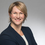 Ines Dauth: Arbeitsmarkt und Netzwerkexpertin